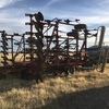 Case IH 33ft bar on 8 inch spacings with Gason 5/Mt Cart For Sale