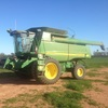2007 John Deere STS 9660 with a 936 Draper Front
