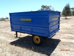 4 Ton Hydraulic tipping Trailer C/W Grain sides