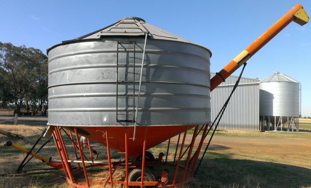 Trucks For Sale In Ms >> For Sale All Bulk Field Bin with Auger   Machinery & Equipment