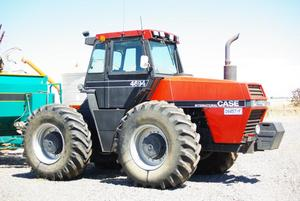1988 Case 4694 Tractor