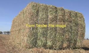 wheaten and barley straw