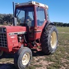 International 885XL Tractor