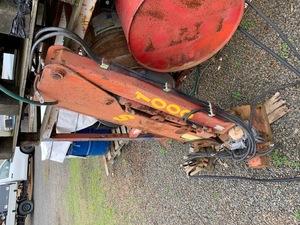 Under Auction - 1 Tonne Maintenance Ute Crane - 2% Buyers Premium on all Lots