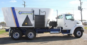 2002 Ford Sterling LT7500 Truck with NEW 2016 Faresin 2000 Feed Mixer