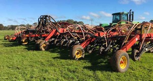 Bourgault 3310 PHD