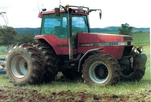 CASE  8940 F W A TRACTOR  240 HP FOR SALE