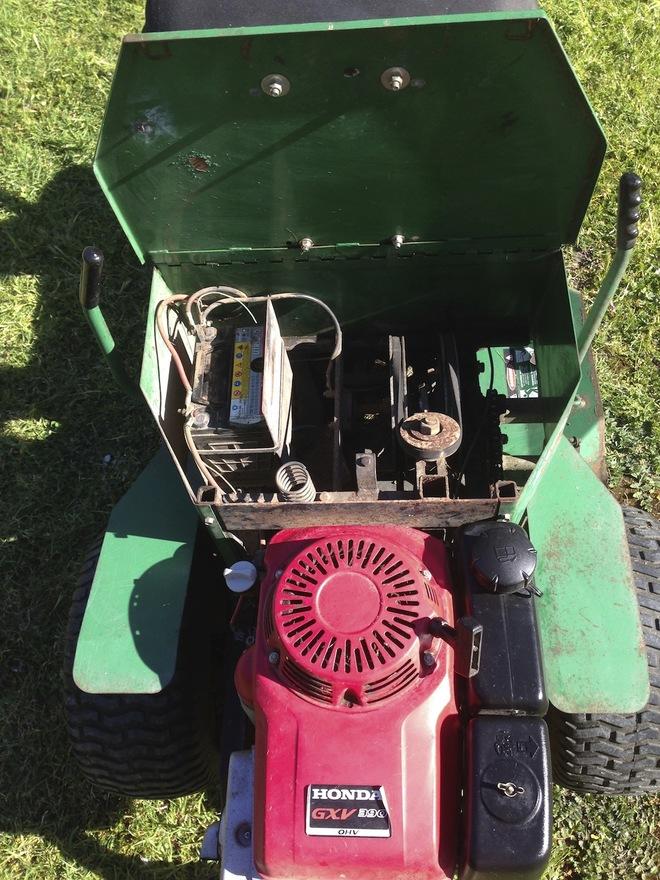 AMC Explorer - Ride on Mower | Machinery & Equipment