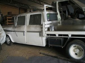 WANTED - DODGE D5N 300 Crew Cab Tray Truck - Will consider 400 0r 500 Models.