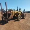 Chamberlain 9G industrial mark 2. Tractor with FEL