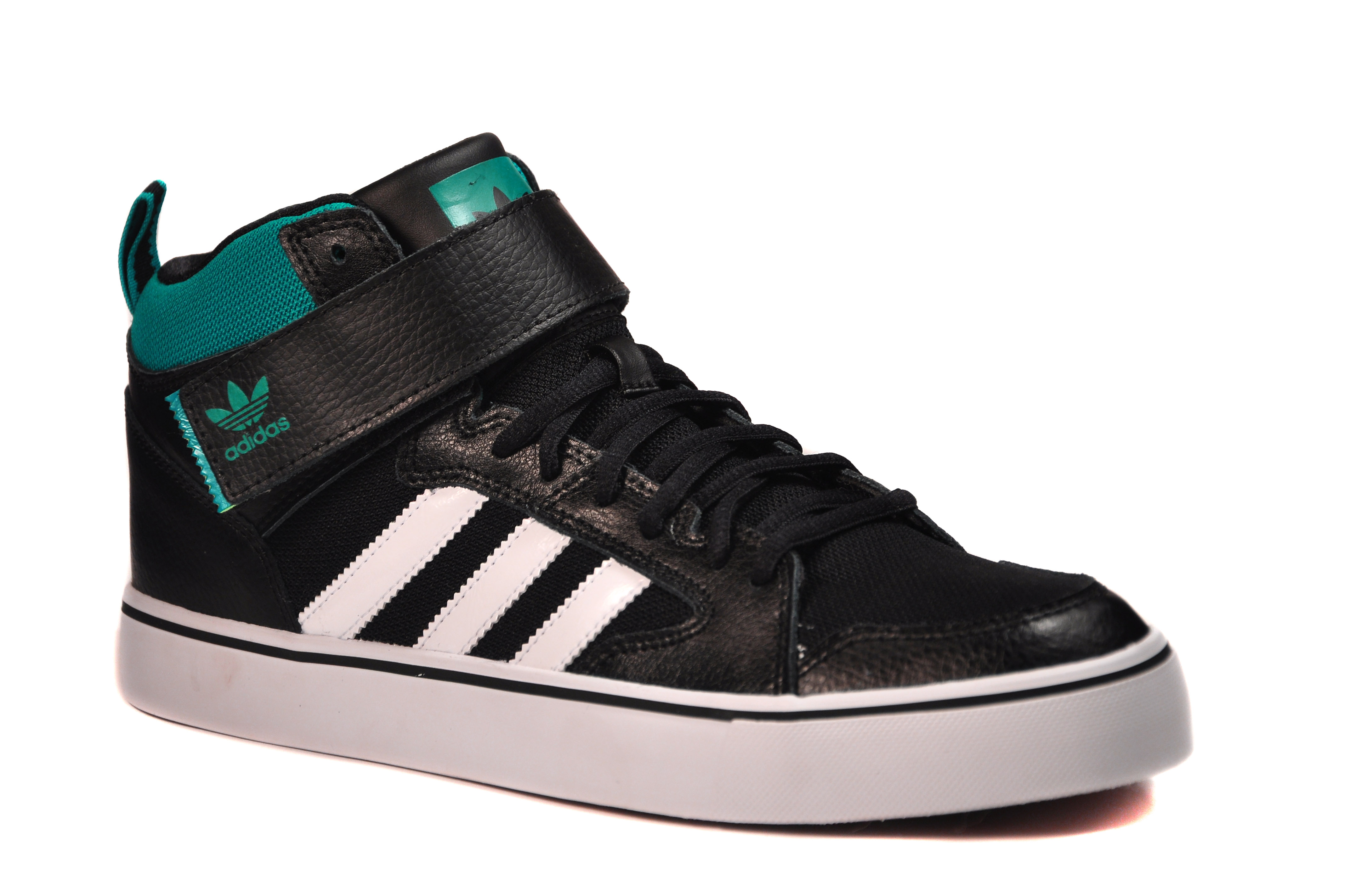 new style be695 7ca4e ZAPATILLAS SKATE VARIAL II MID. Marca  Adidas