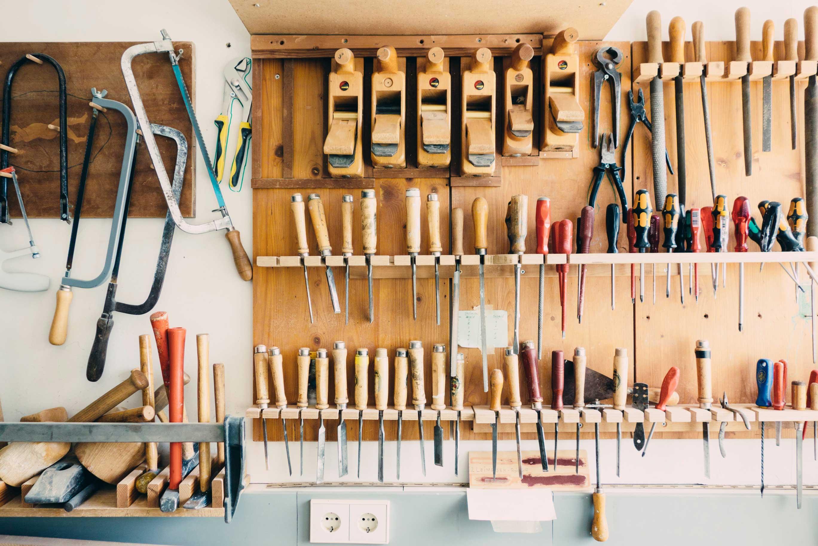 team building activities woodworking