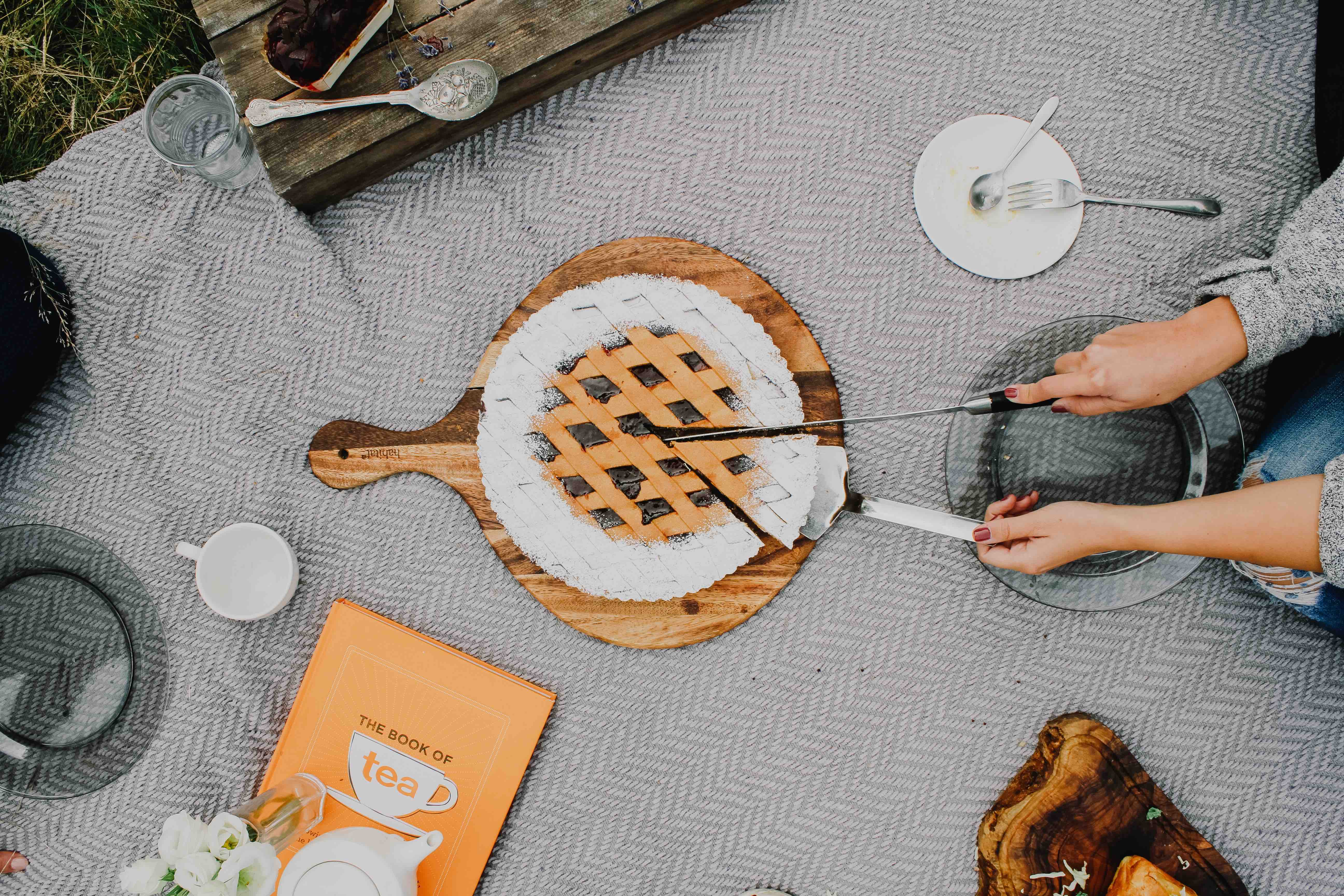 10 Picture Perfect Picnic Ideas You'll Want to Put on Instagram