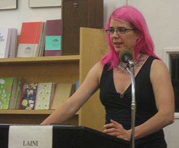 Laini Taylor at Copperfield's Books