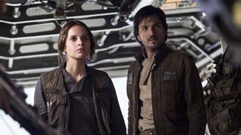 Jyn Erso (Felicity Jones) and Cassian Andor (Diego Luna) get ready to lead a mission.