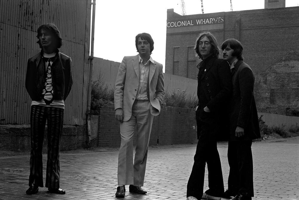 thebeatles maddayout 1968 1960s sixties b b blackandwhite classicrock band johnlennon paulmccartney georgeharrison ringostarr
