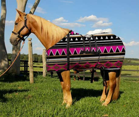 Capa Protetora com Barrigueira Boots Horse Etnica