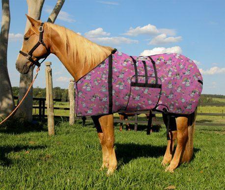 Capa Protetora com Barrigueira Boots Horse Unicornio