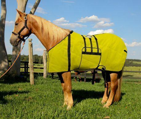 Capa Protetora Impermeável Boots Horse Amarela