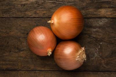 Thumb 400 various farms organic yellow onions lb
