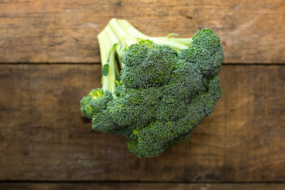 Thumb 400 various farms broccoli crowns lb