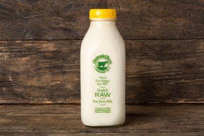 Thumb 400 claravale farms raw whole jersey milk quart