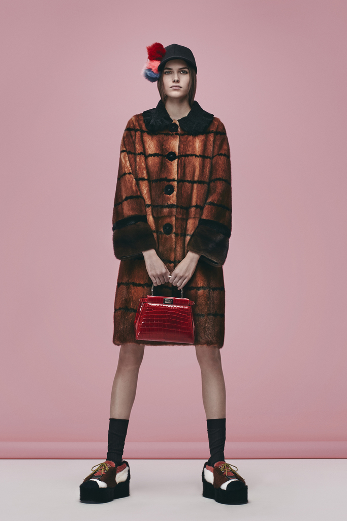 Fendi prefall16 look 01