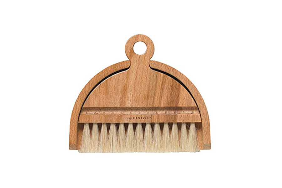 Iris Hantverk Table Dustpan and Brush Set