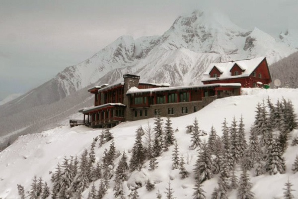 Love on the Slopes: Romantic Ski Hotels in the Rockies and the Alps