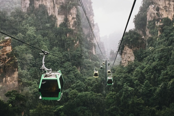 Cab cars in Tianmen Mountains