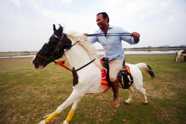 Heroes on Horseback in India: Relief Riders International