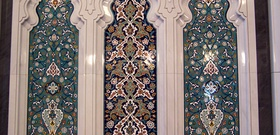 A Mosque Grows in Muscat