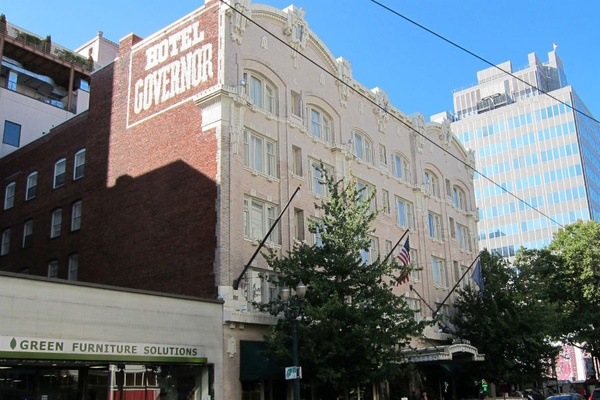 Indie Cred Meets High-Count Thread at The Sentinel Hotel in Portland