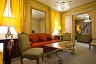 Dear Hôtel Duc de Saint Simon