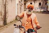 A Digital Nomad's Colorful Tour Of India