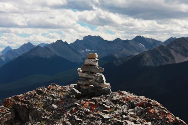Hi. I'm Banff. Welcome to Canada!