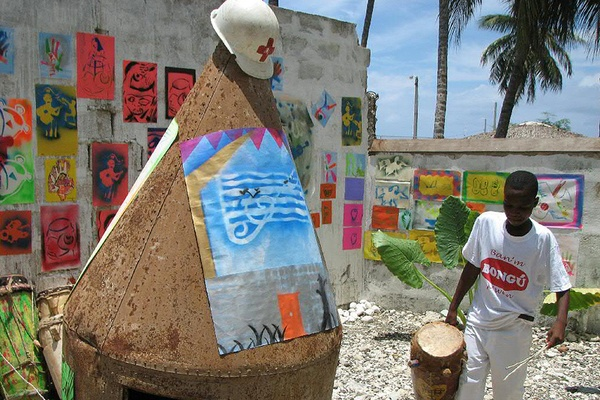 Carving Out Art in Haiti