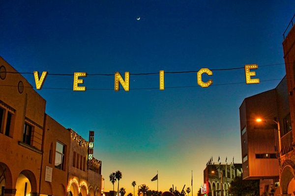 A Food Lover's Tour to Venice Beach