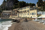 Zone Out on the Beach in Sicily at Belmond Villa Sant'Andrea