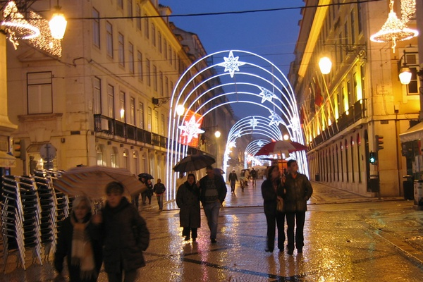 A Minibar Christmas in Lisbon