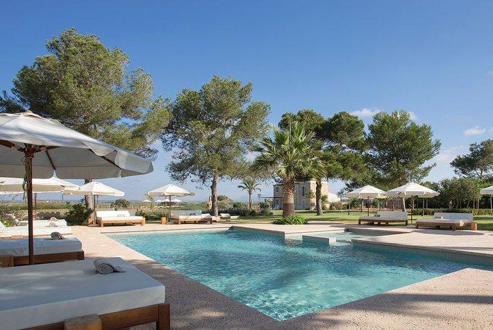 Fontsanta Hotel Swimming Pool