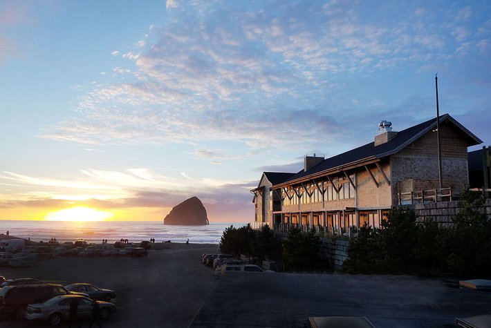Headlands Coastal Lodge & Spa - Pacific City, Oregon
