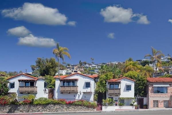 Casa Laguna Hotel & Spa exterior
