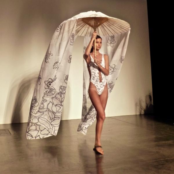 Hawaii Fashion Week parasol