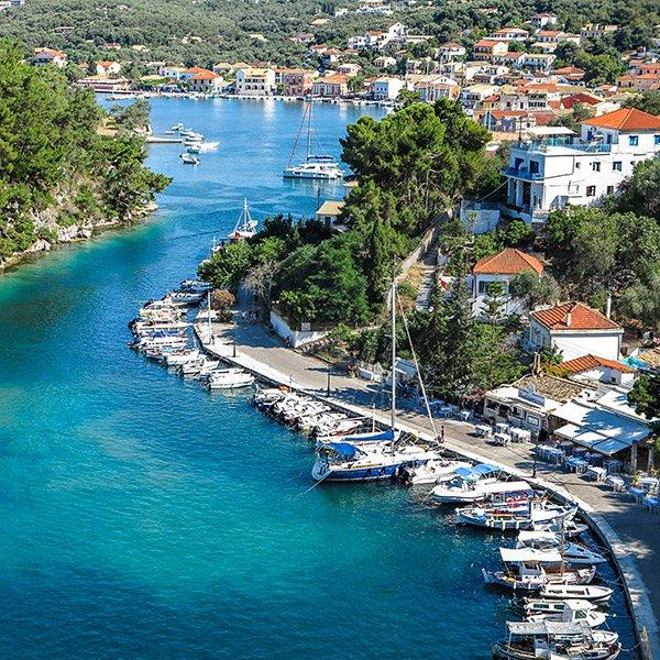 Corfu, Greece / @katerinakatopis