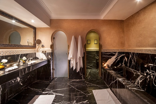 Junior Suite Bathroom, Almaha Marrakech