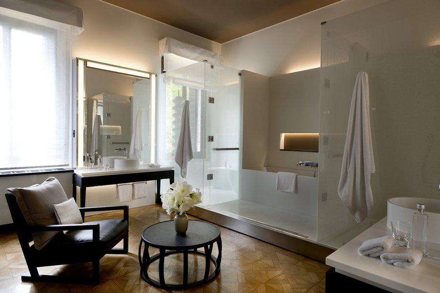 Palazzo Stanza Bathroom