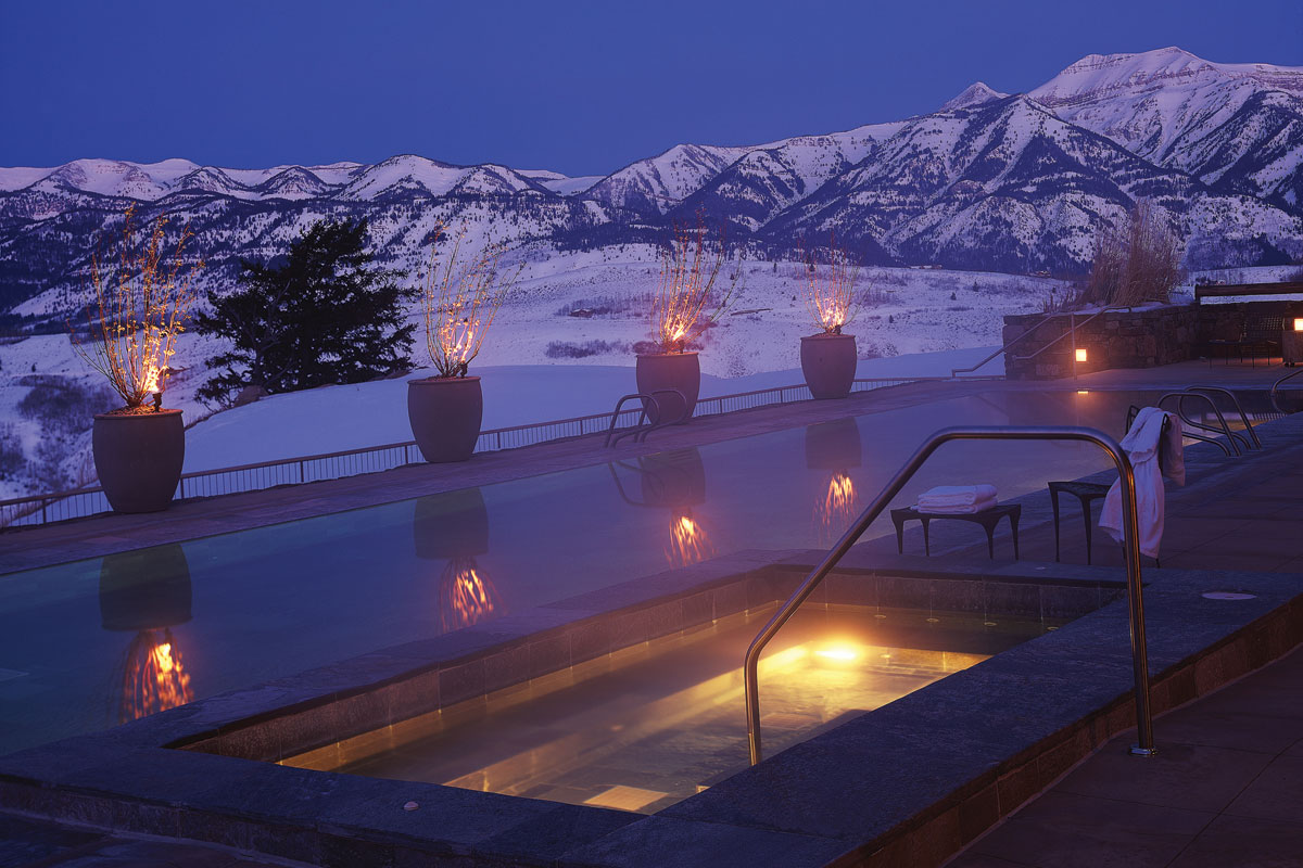 Fathom the world 39 s most romantic hotels the western for Romantic hotels of the world