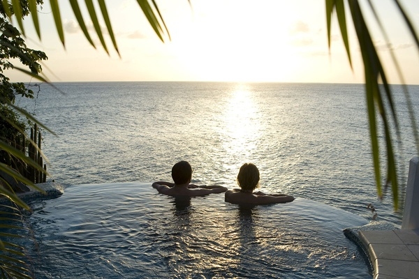 Jacuzzi at Curtain Bluff