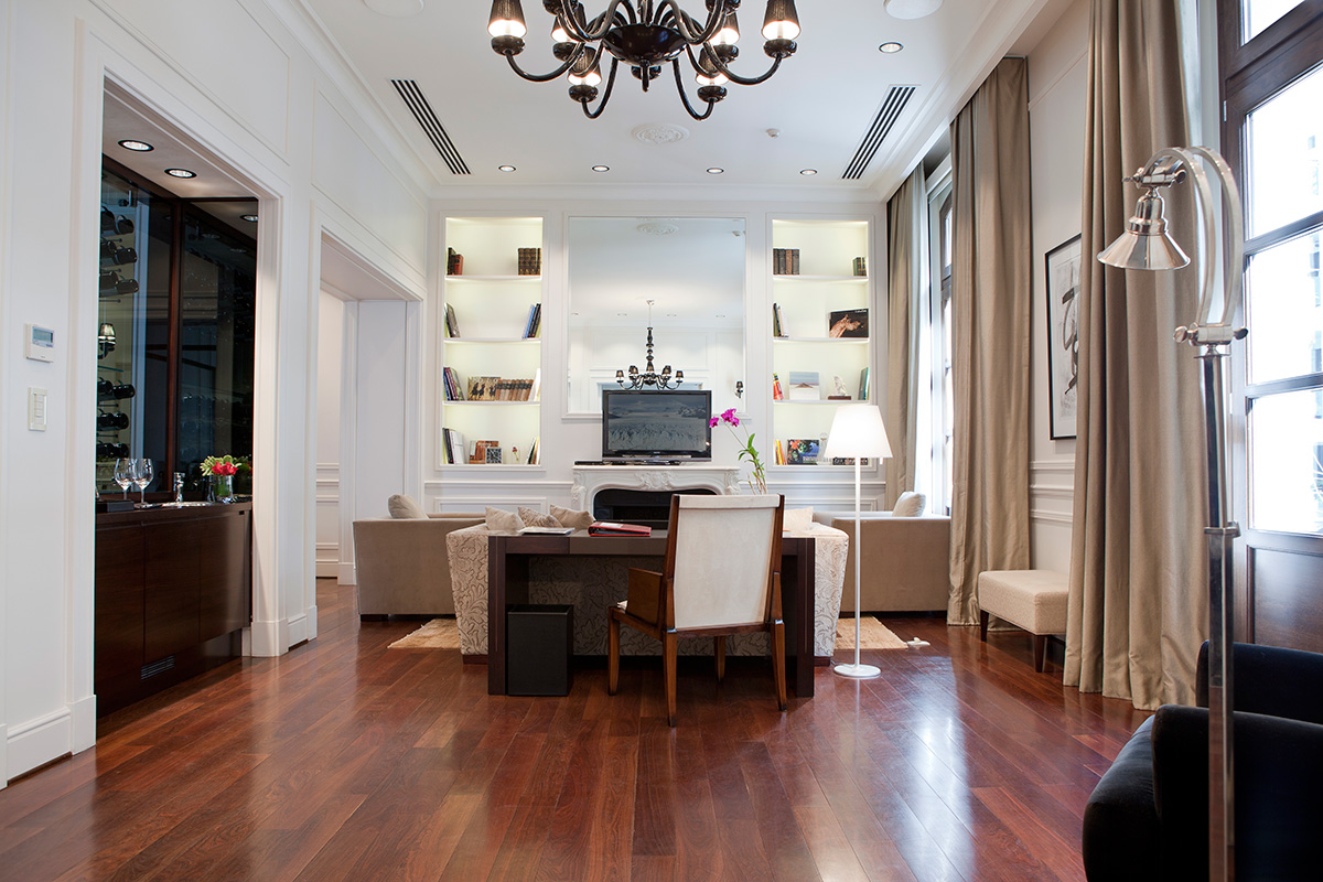 Royal Suite at Algodon Mansion